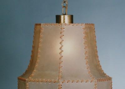 Messingleuchte, mit Pergamentschirm / echtes Transparentleder, Lermoos Kette, Ms, DM 400 mm., Nr. 82040