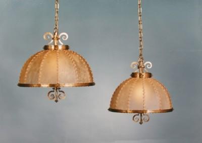 geschmiedete Hängeleuchten mit Pergament und Messing,Schirm mit echtem Transparentleder, genäht mit Leder- oder Hautstreifen,Pendelleuchte, rustikale Lampe, Nr. 82101, 82100, 85102
