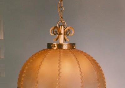 Pergamentschirm bei Hängeleuchte mit Transparentleder,  Messing, Schirm mit echter  Rindshaut, genäht mit Leder- oder Hautstreifen,Pendelleuchte, rustikale Lampe, Nr. 82602