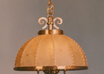Pergamentschirm, handgefertigte Hängeleuchte mit Pergament und Messing,Schirm mit echter  Rindshaut, genäht mit Leder- oder Hautstreifen,Pendelleuchte, rustikale Lampe, Nr. 82093,82092