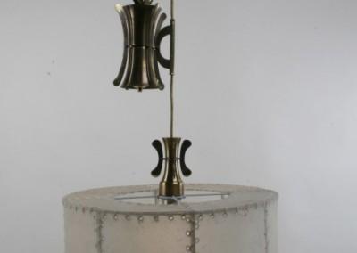 Zugleuchte in Messing,handgefertigte Zugleuchte mit Pergament und Messing,Schirm mit echtem Transparentleder, genäht mit Leder- oder Hautstreifen,Pendelleuchte, rustikale Lampe, Nr. 83780