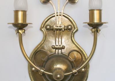 geschmiedete Wandlampe, in MessingMÜNCHBERG WL  2-flammig, Nr. 84089