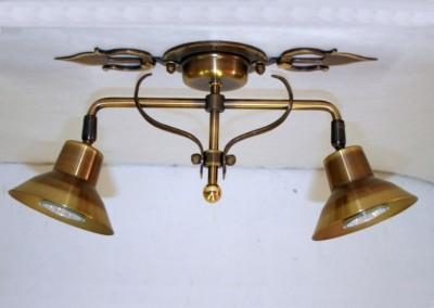 Deckenspot Messing, geschmiedet 2-flg. Nr. 85912