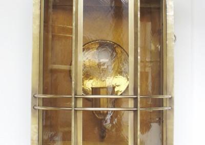 geschmiedete  Wandlaterne in Messing, Arosa 1-flg.  in Messing, Abschluß: Kugel,H: 52cm, B.26cm, Leuchten, Nr. 90102