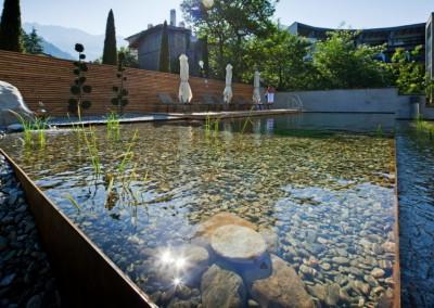Cortenstahl - Schwimmteich aus Cortenstahlbecken