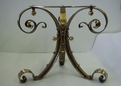 Messing Tischgestell, aufwändig geschmiedet