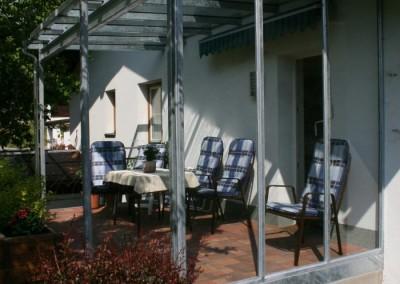 Balkonüberdachung mit Windschutz Stahl/verzinkt/TVG Glas