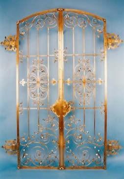 aufwendig, geschmiedete Tür in Bronze