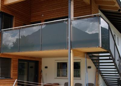 Balkonkonstruktion,  Glas / Eisen (roh)