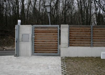 Gartentor Gartenzaun,Zaun mit Holzlamelen, Steher: Stahl, verzinkt