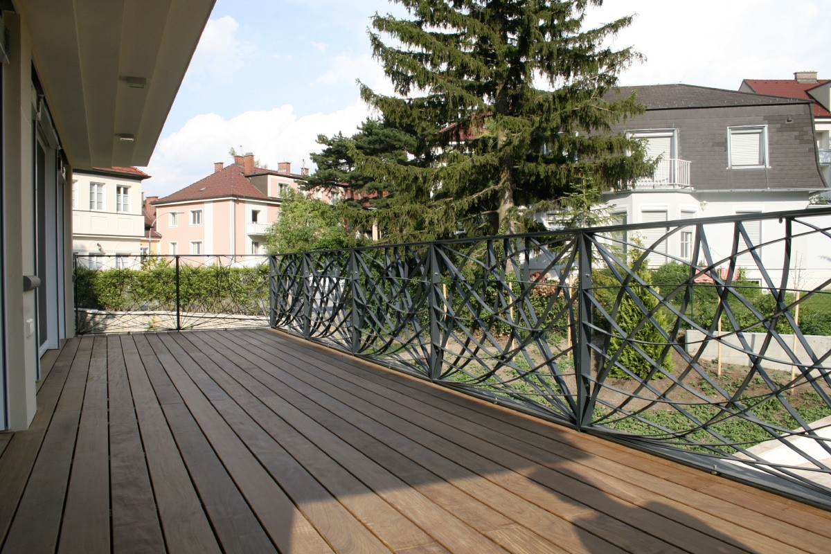 balkone modern bruckner metall. Black Bedroom Furniture Sets. Home Design Ideas
