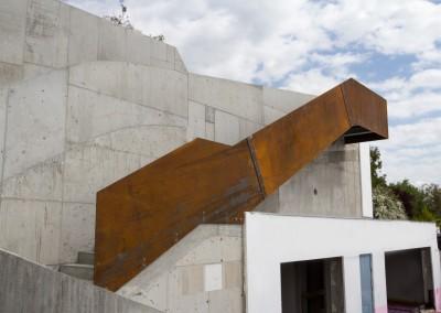 Corten Stiegenkonstruktion im Außenbereich