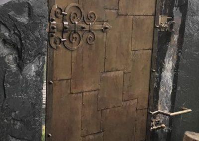 Bronze Tür